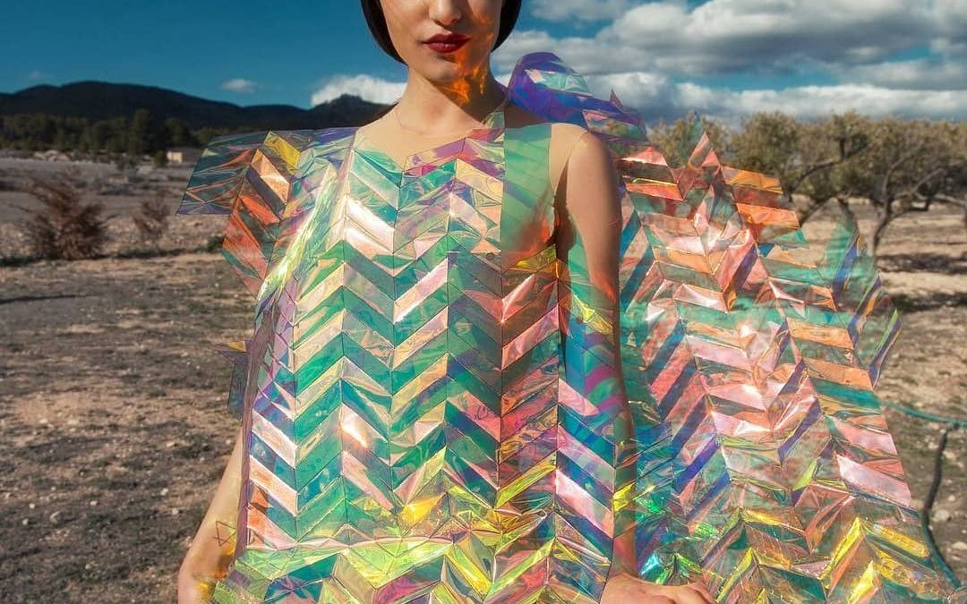 Zap & Buj integrate 3D printing in the manufacture of clothing, such as this Wall Dress.